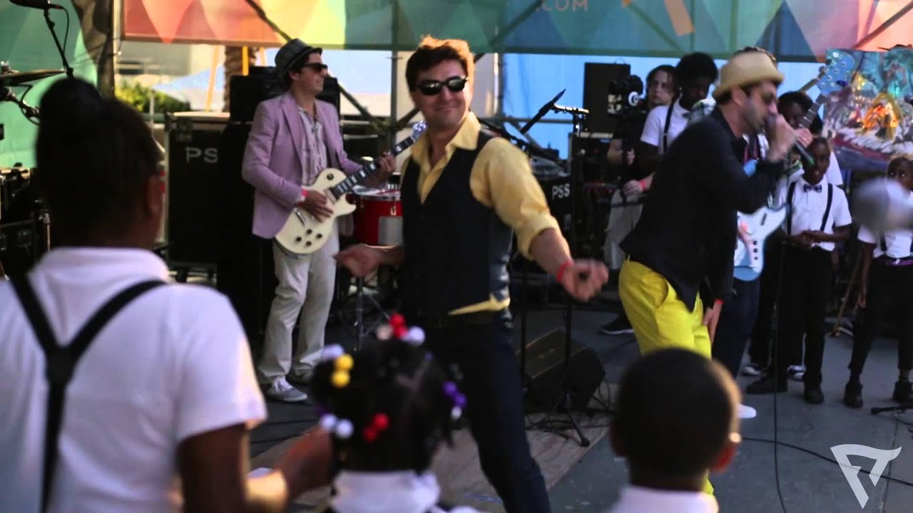 Flow Tribe: Walk Like An Animal Live at French Quater Fest 2014