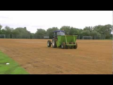 Football pitch maintenance – how to do sand spreading
