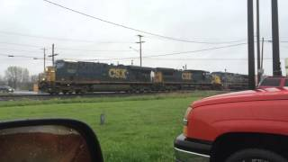 Truck Vs. Train Brief Horn Battle!