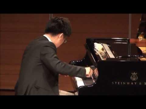 Schumann Arabeske in C Major, Op.18  Performed at Taiwan Industrial Bank Recital Hall, Taipei.