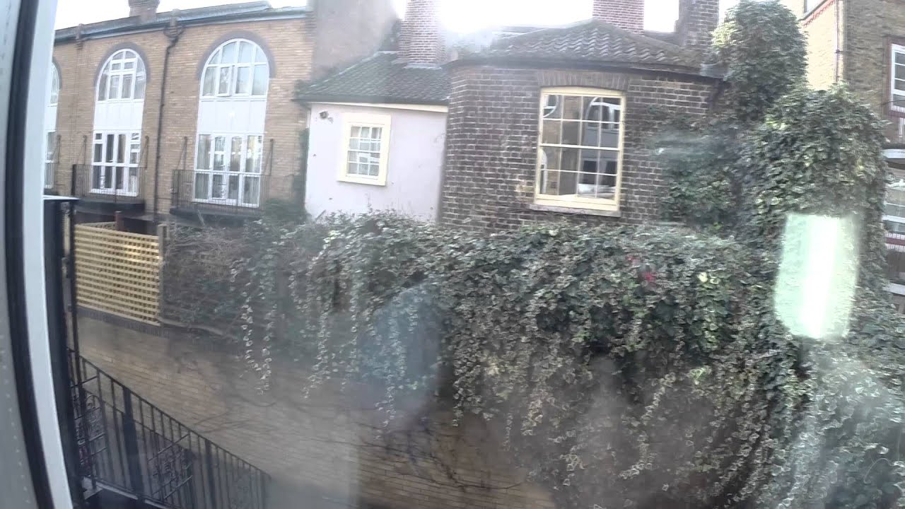 4 Rooms for Professionals in Three Storey Property, 15 Minutes Walk to London Bridge