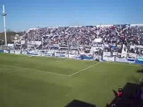 """""""24-09-2013 - La Banda de Merlo ya llegó para alentar"""" Barra: La Banda del Parque • Club: Deportivo Merlo"""