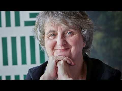 Přehrát video: Anna Freimanová slaví 70