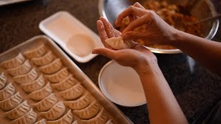 How to make 饺子(jiǎozi)