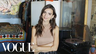 73 Questions With Emily Ratajkowski | Vogue - dooclip.me