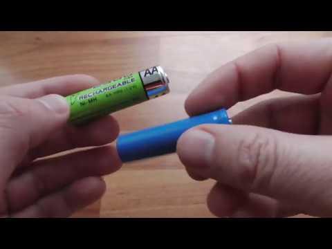 AA batteries (Ni-MH vs Lithium, 1.2V vs 3.7V)
