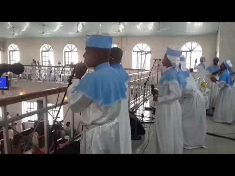 Short clip from the Praise session of the NHQ Annex Cathedral Abuja Choir band