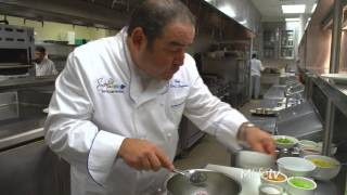 How To Make Chef Emeril Lagasse's Famous Crab Cake