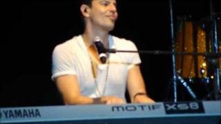 Jordan Knight medley &  Inside 8.20.11.wmv