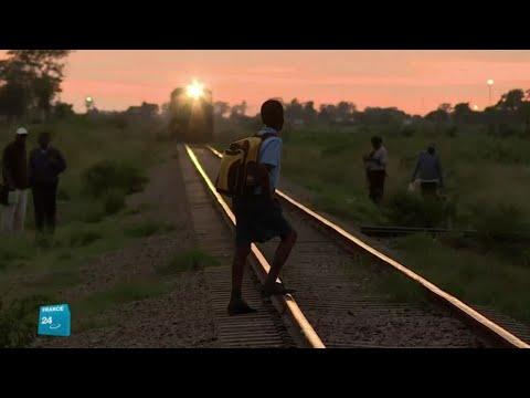 العرب اليوم - شاهد: تشغيل أول قطار في زيمبابوي بعد 13 عامًا من الانتظار
