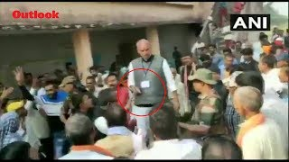 Congress Candidate Brandishes Pistol Outside Polling Booth In Jharkhand