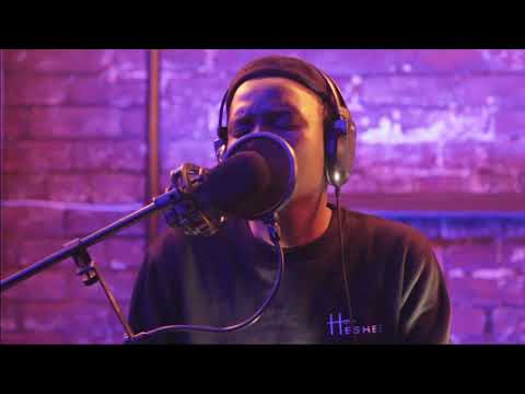 Mnqobi Yazo -- Feels Right By #Lamar Cover