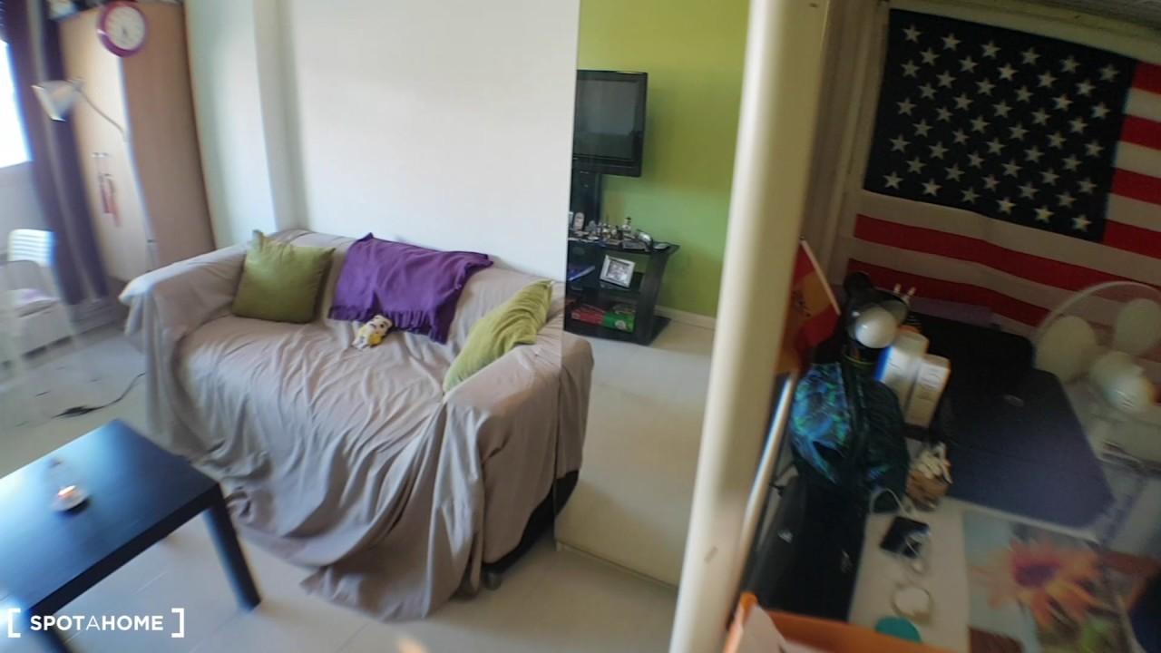 Furnished studio apartment for rent in Cuatro Caminos
