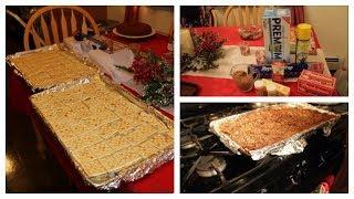 How I Make Christmas Crack! Saltine Toffee Bark! | Jessica Noelle