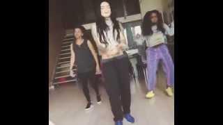 BEST DANCE - Right Thurr