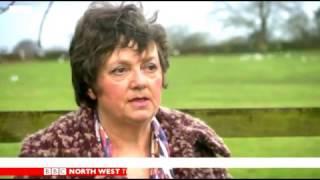 Cheshire Forest Hunt kill fox in Macclesfield - BBC Northwest 27 Feb 2017