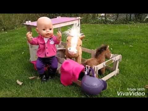 Baby born macht einen Reitausflug mit Sunny und ihrem Fohlen