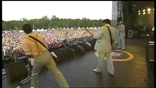 Me First And The Gimme Gimmes - End Of The Road (Live '09)