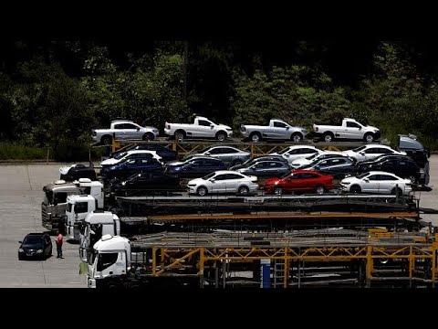 Brexit και αβεβαιότητα έριξαν τις πωλήσεις αυτοκινήτων
