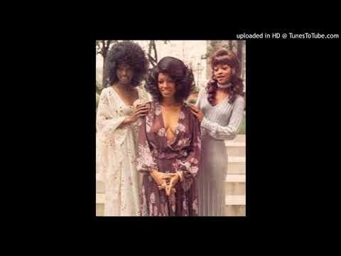 THE THREE DEGREES - A WOMAN NEEDS A GOOD MAN