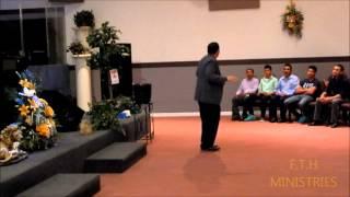 Evangelista Alexis Hernandez en Centro Vida Nueva Parte 1