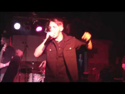 I Am Divine Live at Dos Amigos 01/04/2013 HD