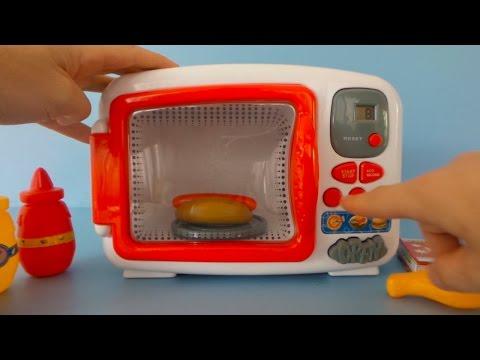 Spielzeug Mikrowelle auspacken und spielen