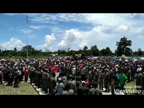 Aksi demonstrasi karyawan PTFI. Freeport Indonesia kerena di PHK pemerintah Indonesia