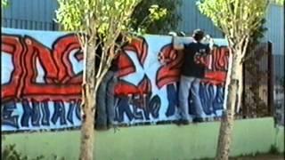 preview picture of video '5imeri 3 geniko lukeio acharnon ΡΟΔΟΣ 2000 kokkinos mylos'