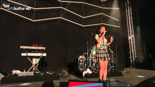 Charli XCX - Stay Away (High Quality Mp3 live in Germany)