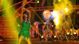 Jamelia & Tristan MacManus dance the Cha Cha to 'Don't Cha' - Strictly Come Dancing: 2015