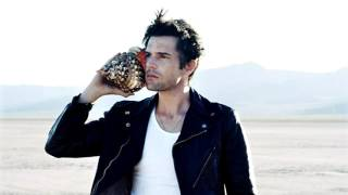 'The Killers - The Man' Brandon Flowers Interview with Annie Mack