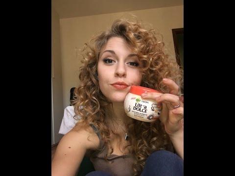Henna con risposte di olio di capelli di bardana