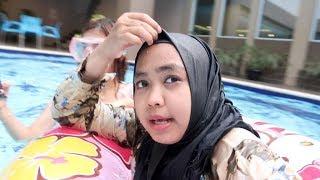 Video WAAH, ADA MERMAID DI KOLAM RENANG... MP3, 3GP, MP4, WEBM, AVI, FLV Agustus 2019