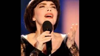 Mireille Mathieu --  La Vie En Rose