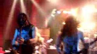 trivium barcelona  07 -Drowned and torn Asunder-