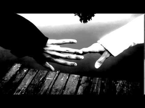 Guzek na nodze kciuka może być rozmazany jodem