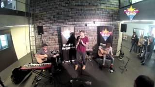 James Arthur LIVE (You're Nobody 'Til Somebody Loves You / Impossible) @ Radio Argovia