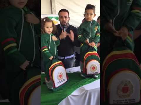 Prefeito do Embu da Artes Ney Santos e Secretário de Educação Pedro Angelo distribuição de 27 Mil Kits Escolar