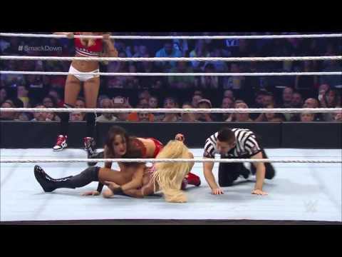 Бекки Линч и Шарлотта против Никки Белла и Бри Белла SmackDown , 27 августа 2015 года