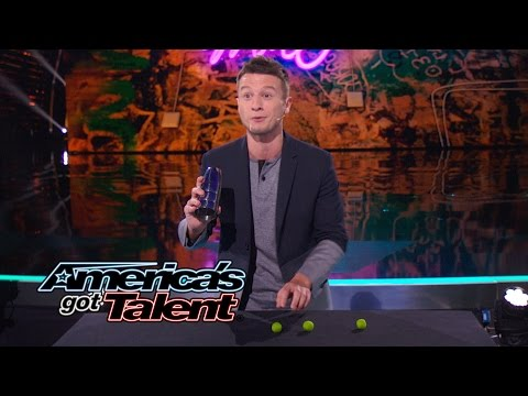 Mat Franco: Magician Tells Story With a Hidden Ball Trick - America's Got Talent 2014 Finale (видео)