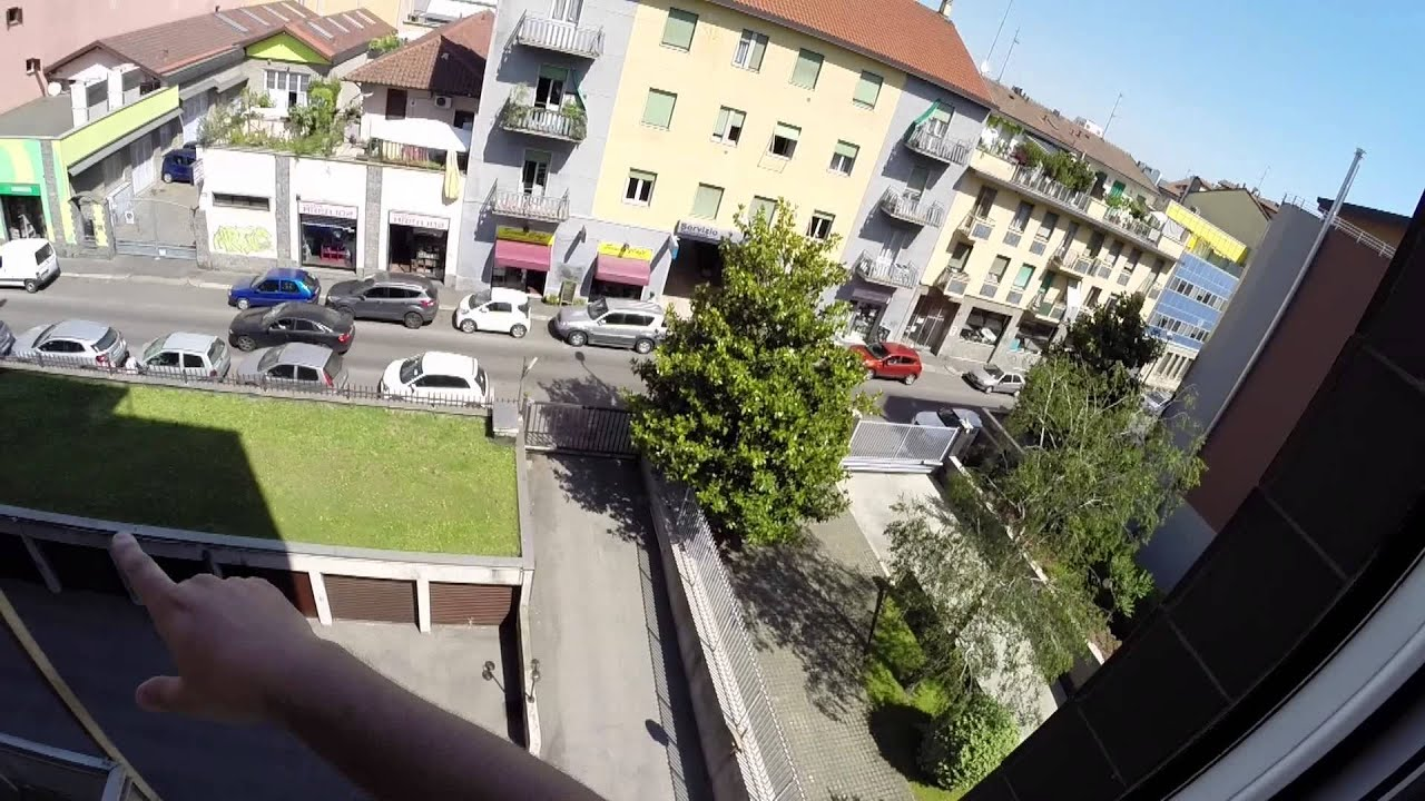 Sunny 4-bedroom apartment for rent, close to the university