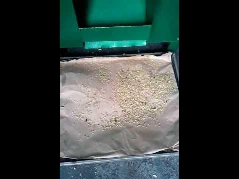 Sunflower Seed Sheller De Husker Machine