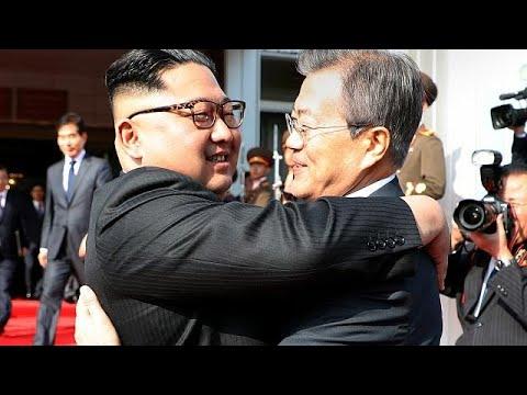 Κορέα: Αιφνιδιαστική συνάντηση των ηγετών Βορρά και Νότου…
