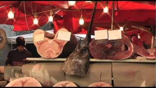 preview picture of video 'Catania mercato del pesce, novembre 2011'