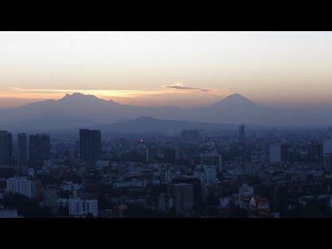 Mεξικό: Εντυπωσιακές εικόνες από έκρηξη ηφαιστείου