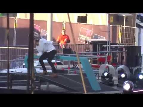 INTRO + CLOUDS - One Direction in HORSENS 16/06/15 (видео)