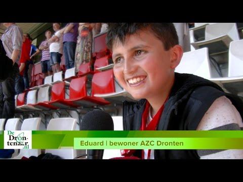 VIDEO | FC Twente en Ziyech hebben er op AZC Dronten een fan bij