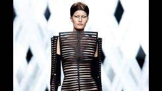 GARETH PUGH Spring Summer 2012 Paris - Fashion Channel