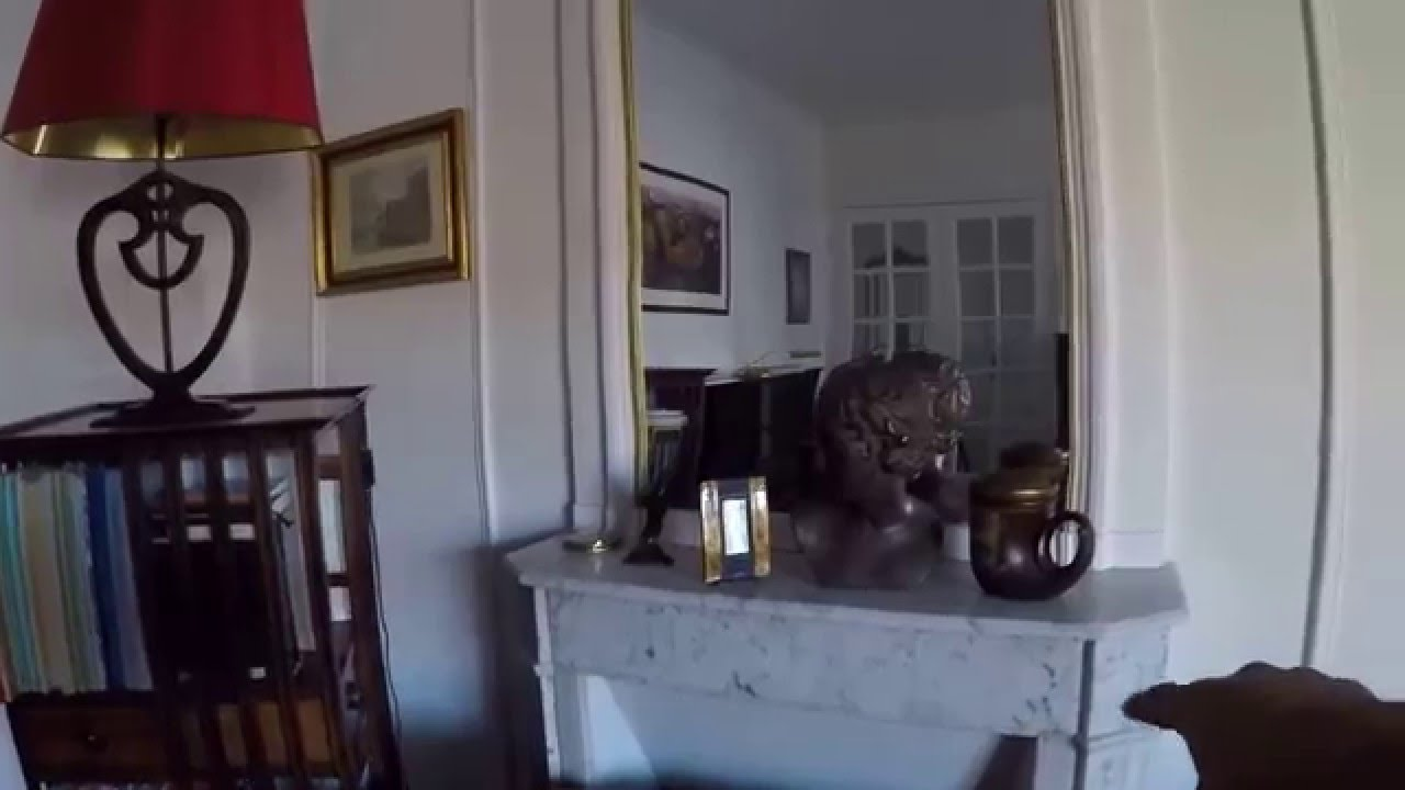 1 Room for Let in a Sophisticated Apartment in the 16th Arrondissement of Paris